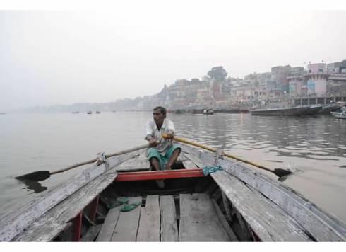pic ganges boat